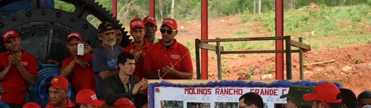 Gobierno Nacional trabaja junto a la pequeña y gran minería en zonas donde coinciden