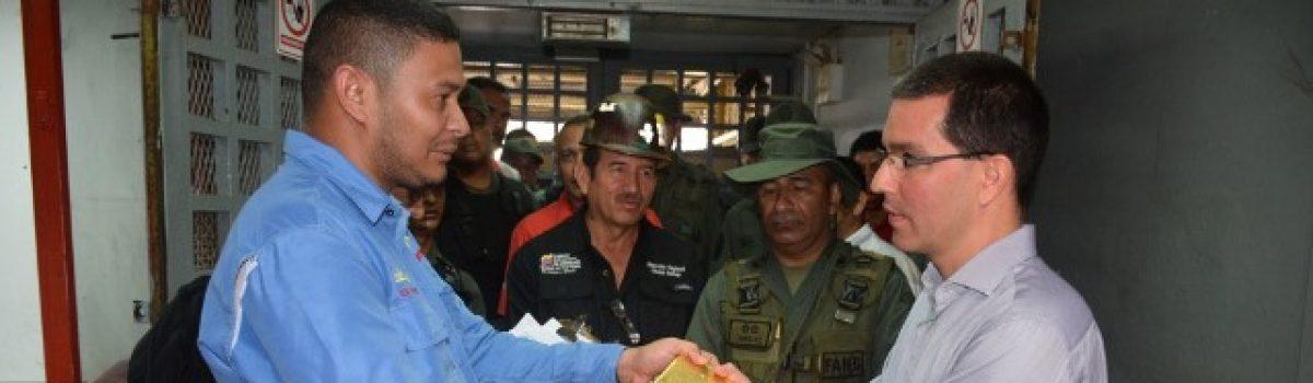 Mineros y mineras aportan 551 kg de oro a la Agenda Económica Bolivariana