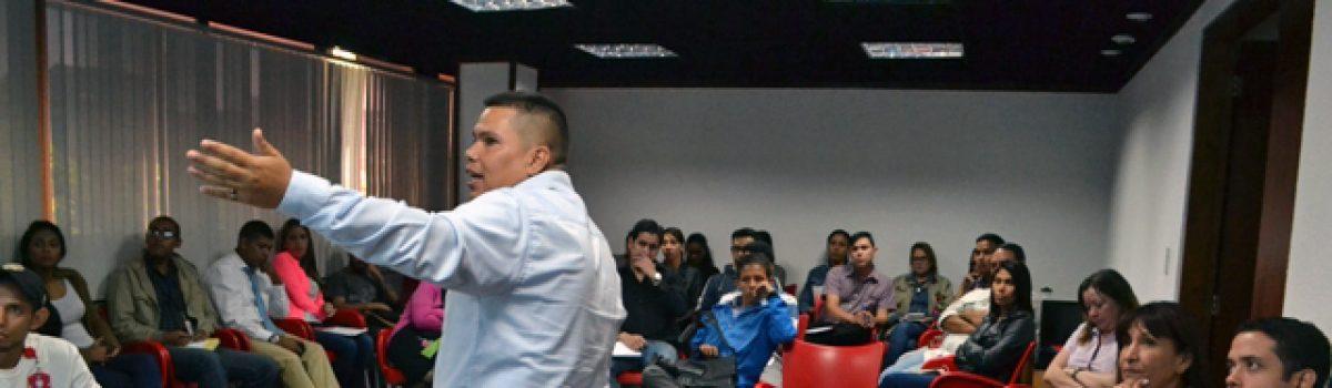 Taller de Redes Sociales para trabajadores del MPPDME