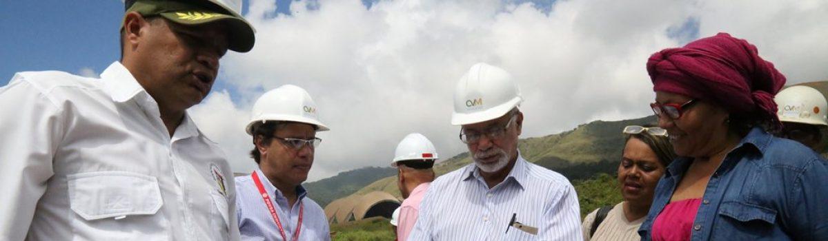 CVM Loma de Níquel contribuye a la construcción de obras públicas