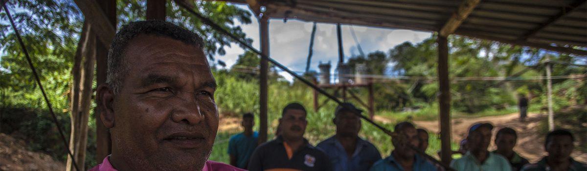 Mineros se registran para reorganizar y dignificar su trabajo en el Arco Minero