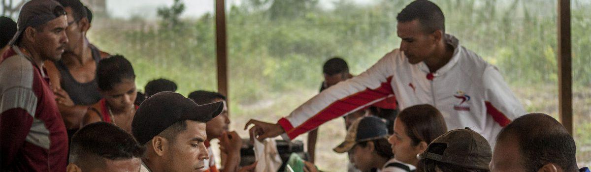 Misioneros de Piar y pueblo minero le meten el pecho  a los derechos humanos y ambientales