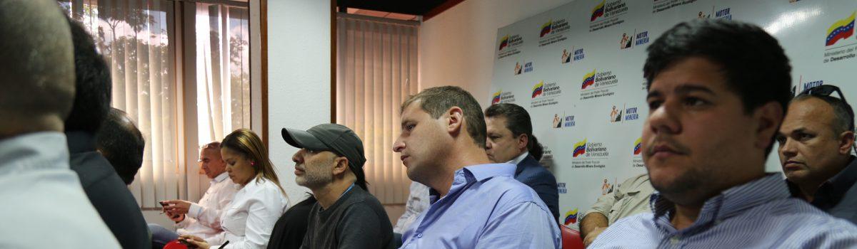 Ministro Cano anuncia política sectorial minera al juramentar presidentes de empresas mixtas