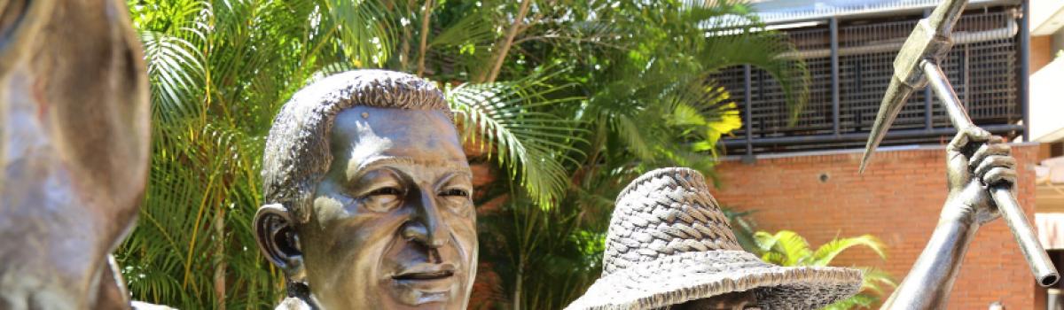 """Inaugurado monumento """"Chávez minero"""" en Caracas"""