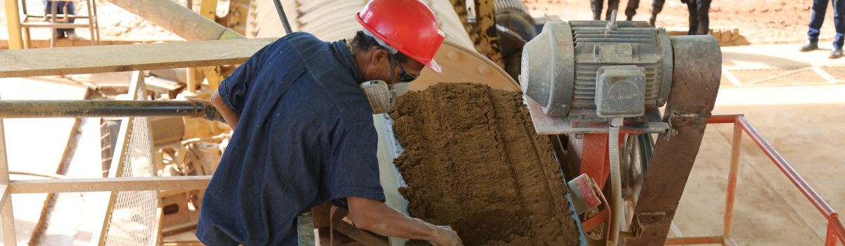 Presidente Maduro creó fondo especial rotatorio para apoyar la producción minera