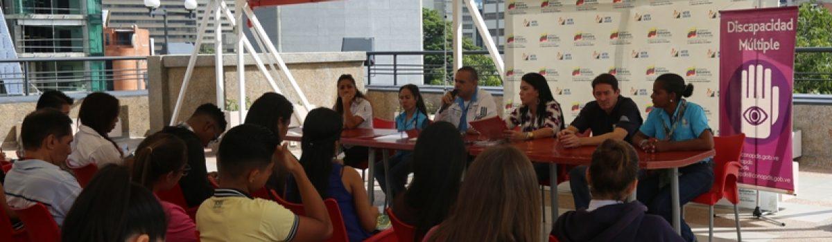 """Trabajadores del MPPDME participaron en taller """"Trato Adecuado a Personas con Discapacidad"""""""