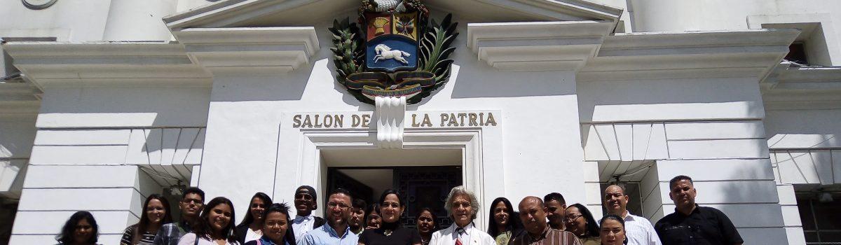 Motor Minero visita el Salón de la Patria.