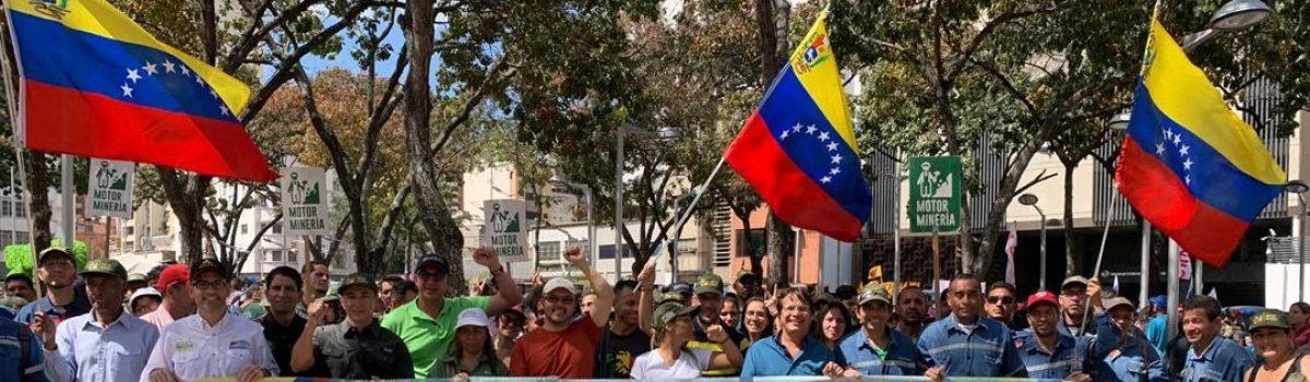 Clase obrera minera marchó en apoyo a Conviasa