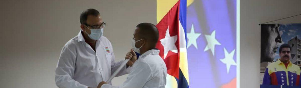 Nuevo contingente de médicos cubanos refuerza lucha contra el Covid-19 en Caracas