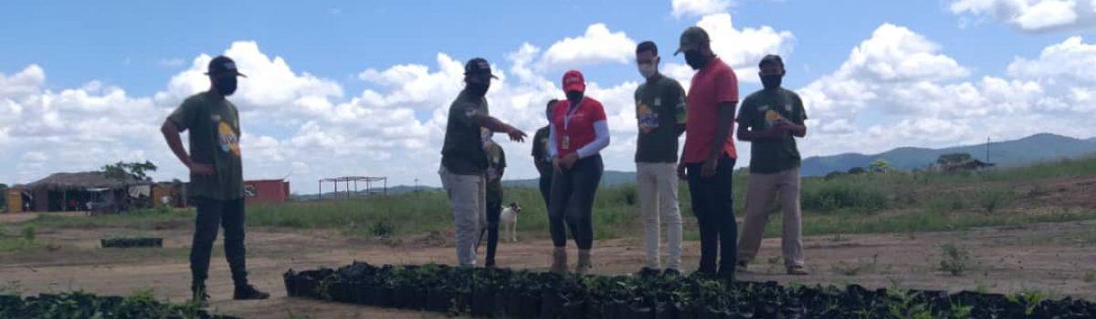 Misión Piar entregó dotación de materiales para la ampliación de la Escuela Agrominera Sucre