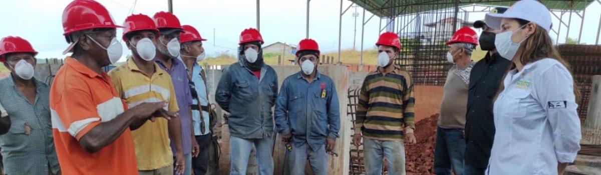 Ministra Magaly Henríquez verifica producción de plantas auríferas en Bolívar