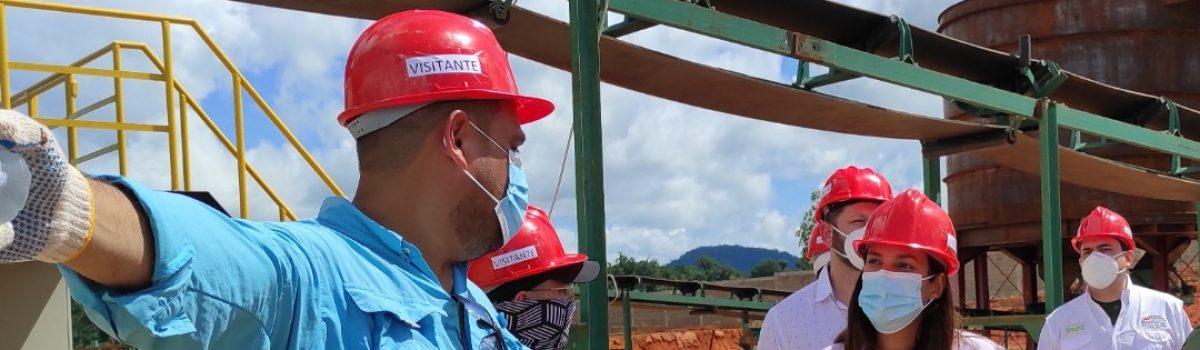 Ministra Henríquez continúa en proceso de inspección de plantas auríferas del AMO