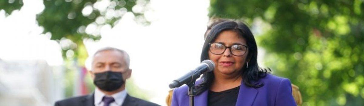 Vicepresidenta Delcy Rodríguez: Mensaje de Bolívar fue de unidad política de todas las fuerzas que nuevamente Chávez trajo a la Patria