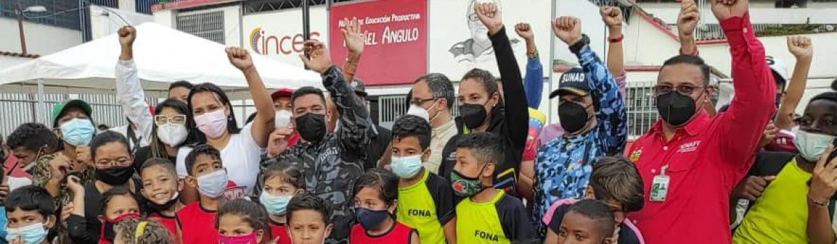Motor Minero rehabilitó complejo deportivo en La Vega