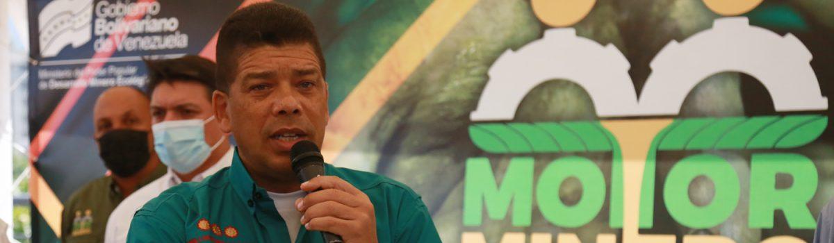 Ministro Serantes Pinto sostuvo encuentro con la Fuerza Laboral Minera